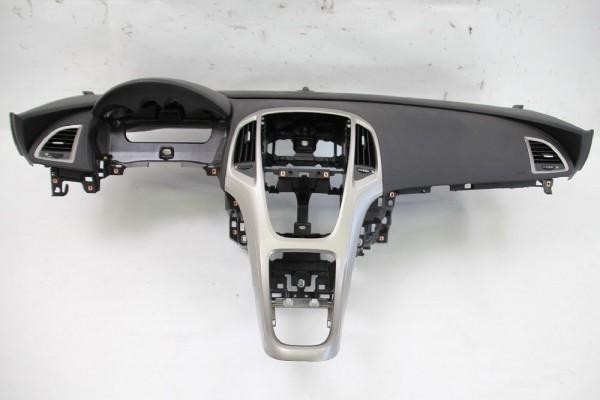 Armaturenbrett Opel ASTRA J Caravan 39021702 mit Beifahrerairbag 2201335 12-2010 gebraucht