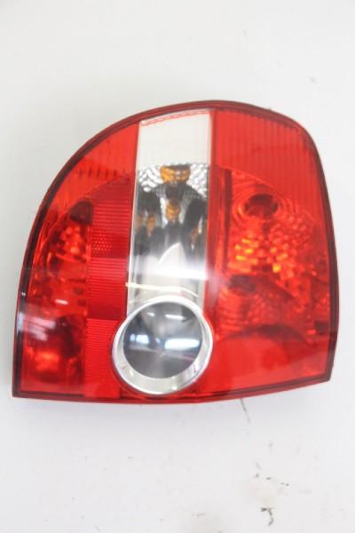 Rückleuchte VW FOX links 5Z0945111A 5Z0945095A 09/2009