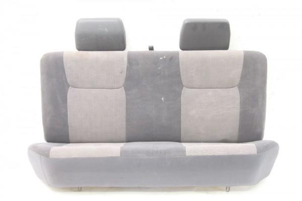 Sitzbank für Nissan PICK UP D22 hinten verschmutzt 11-2003 gebraucht