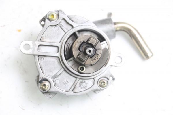 Vakuumpumpe Mercedes Vito 638 112 CDI 6112300165 LUK 2.2 90 KW 122 PS Diesel gebraucht