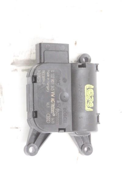 Stellmotor Heizung Skoda SUPERB 2 3T4 4x4 0132801345 07-2011 gebraucht