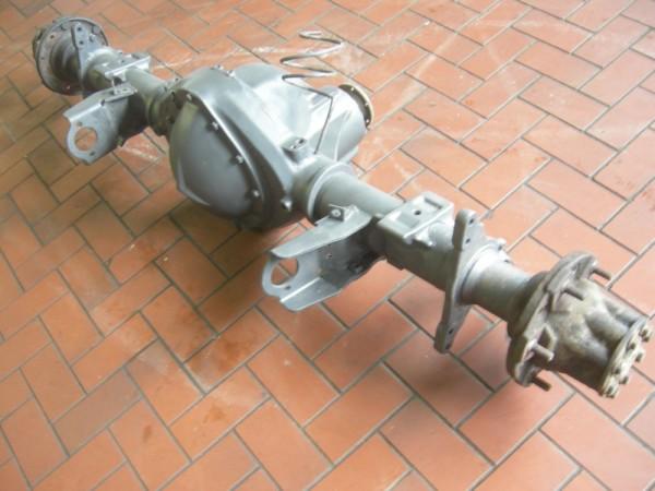 Hinterachse Mercedes VARIO 612 D 0003500400 Ü40:7 2.9 90 KW 122 PS 06-1998 gebraucht