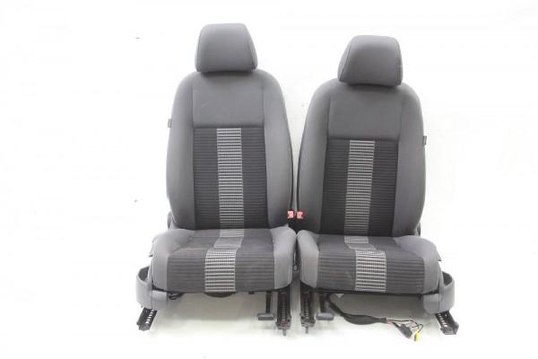 Sitzgarnitur VW GOLF 5 PLUS mit Seitenairbag / mit Sitzheizung 01/2009