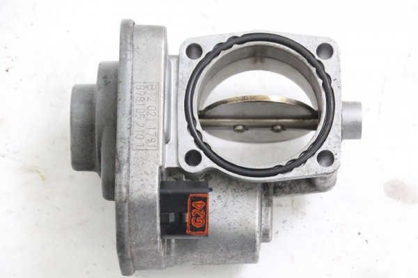 Drosselklappe Opel ASTRA J Caravan 8981052101 1.7 81 KW 110 PS Diesel 03-2012 gebraucht