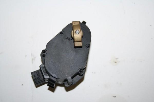 Stellmotor Heizung BMW 528i 5er E39 83721479 VALEO 06-1998 gebraucht